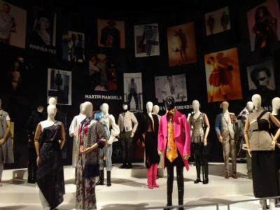 FASHION EXHIBIT
