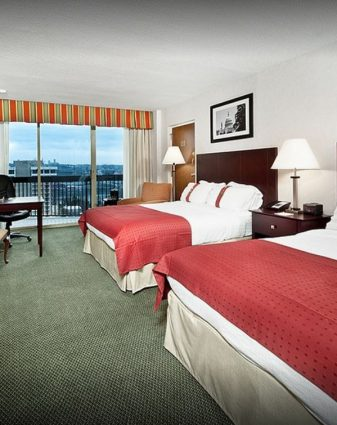Image displaying the Holiday Inn Rosslyn at Key Bridge ★★★
