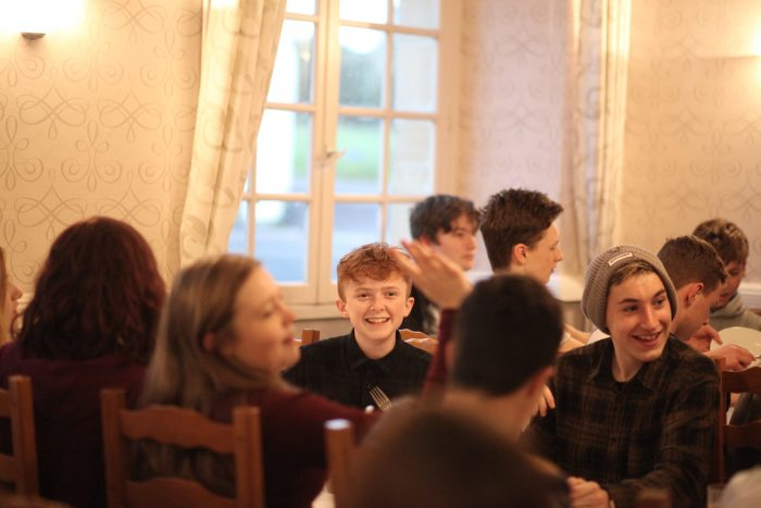 Students dinner chateau du molay