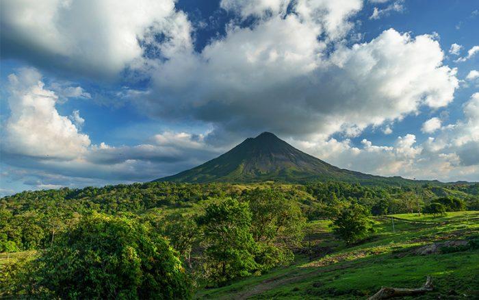 costa_rica_volcano