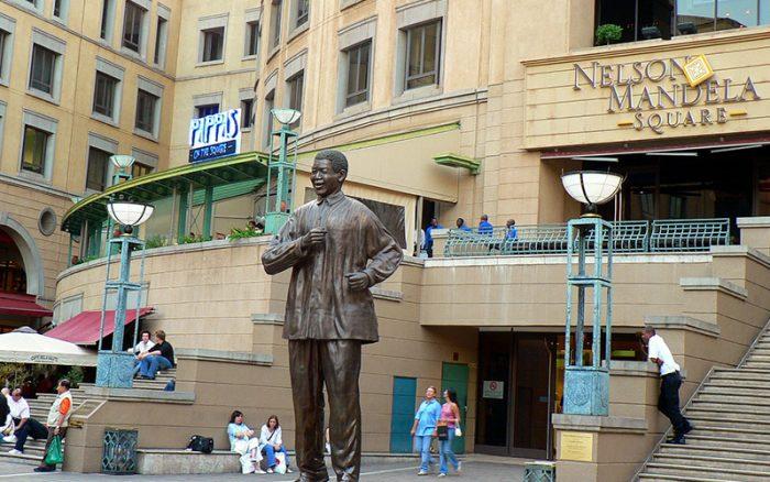 nelson_mandela_square_johannesburg_south_africa