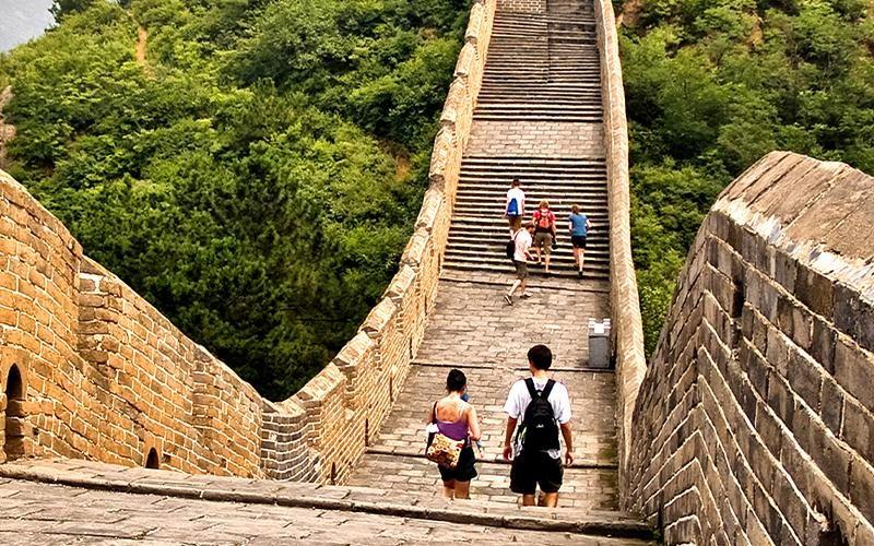china_great_walll_students